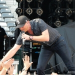 Cole Swindell performing at MetLife Stadium on August 15, 2015.