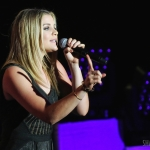 Lauren Alaina opening for Martina McBride in NYC on March 9, 2017.