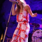 leann-rimes-concert-2015-10