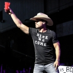 Dustin Lynch opening for Brad Paisley in Hartford on August 6, 2017 / Photo by Shawn St. Jean