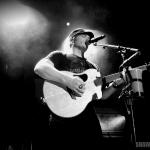 Jerrod Niemann at the Mohegan Sun Wolf Den in Uncasville, CT on May 23, 2015.