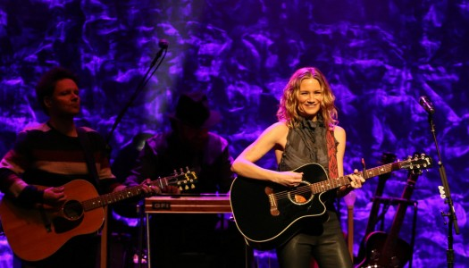 Jennifer Nettles Gives NYC A Little Sugar