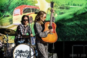 Margo Price at Jones Beach for the 2017 Outlaw Music Festival