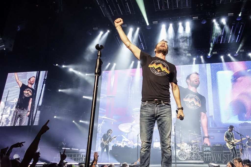 Dierks Bentley at Madison Square Garden, September 8, 2018 / Photo by Shawn St. Jean